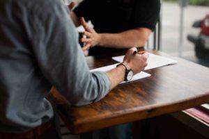 Gli obiettivi del primo colloquio psicologico tra il terapeuta e il cliente