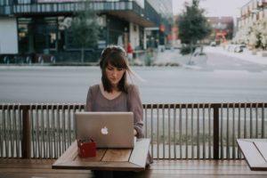 Come-ritrovare-equilibrio-tra-vita-e-lavoro-smart-working