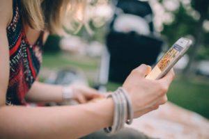 Come realizzare una consulenza psicologica online con smartphone tablet o pc viaSkype Whatsapp o FaceTime